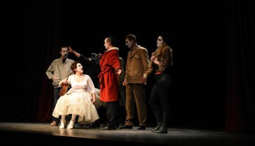 Divadlo VHV Petrovec – Úplný Gogoľ